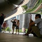 """Chicago, Illinois. Скулпутрна композиция, наричана """"Бобеното зърно"""" - в Милениум парк в Чикаго. Снимка: Иван Бакалов"""