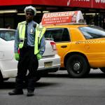 Пътен полицай на улица в Манхатън, недалеч от Таймс скуер. Снимка: Иван Бакалов