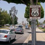 Табели означават Път 66 по булевардите на Холивуд. Снимка: Иван Бакалов