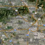 Път 66 влиза и се разтваря в джунглата от булеварди на Лос Анджелис. Вървял е по различни участъци на три различни булеварда в различни години от 30-те насам. Сега има официално табела за край на кея в Санта Моника.