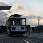 Крайна спирка на трамвайчето (кейбъл кар) на брега. Снимка: Иван Бакалов